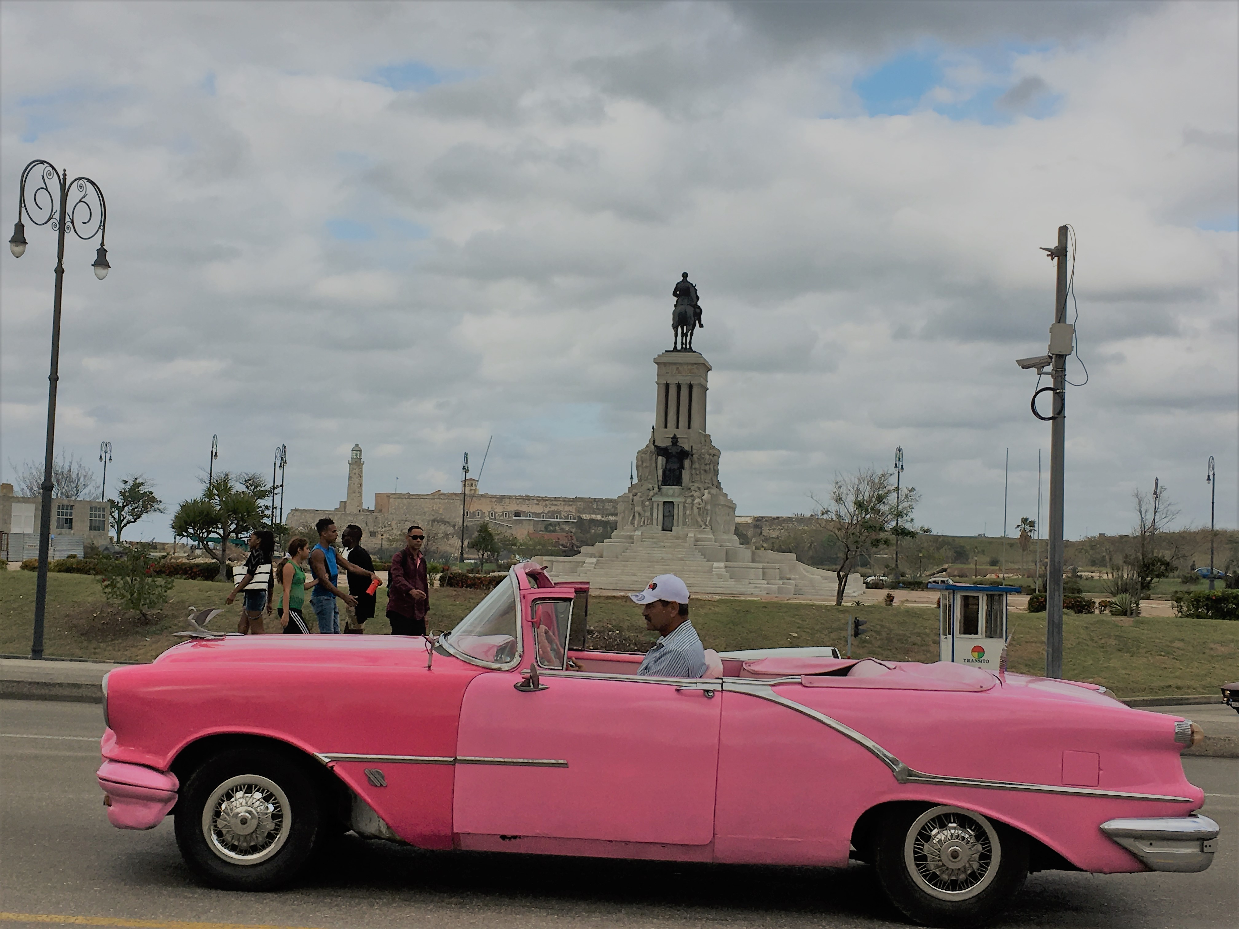 havana; cuba; old car; top 20 travel destinations 2020