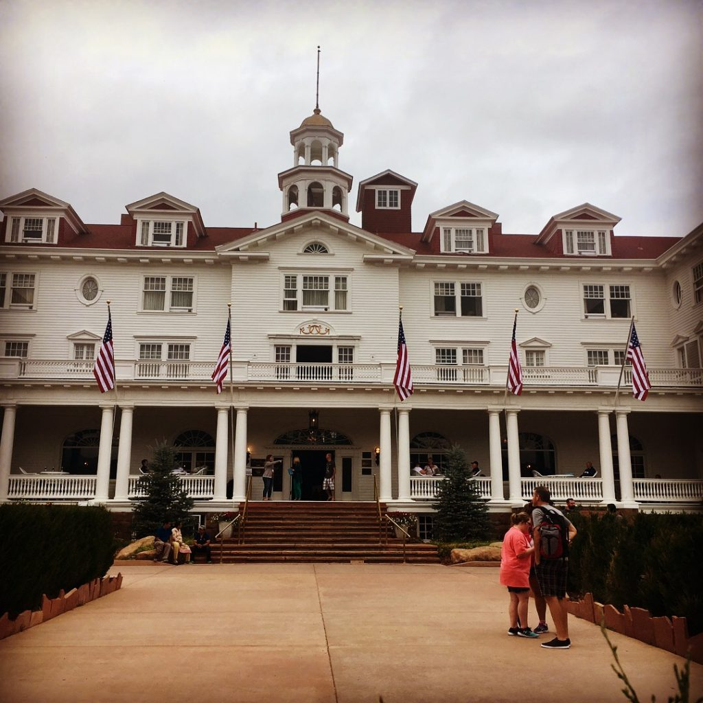 stanley hotel; the shining; stephen king; what to do in denver in the fall; what to do in denver in autumn; halloweek; horror; estes park