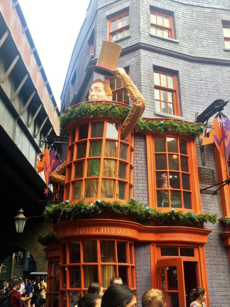 weasley; diagon alley; universal orlando; harry potter world