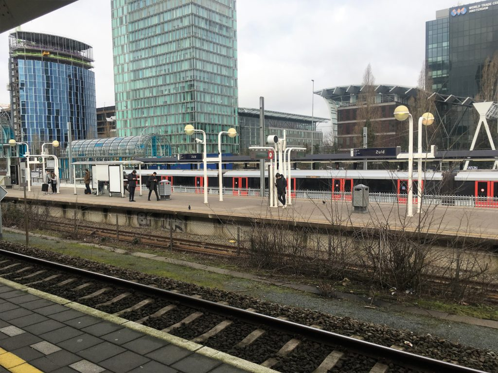 spend a day in the hague; den haag; the hague; netherlands; amsterdam; train station